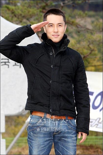 kimdongwan_army4